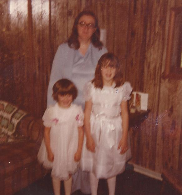 Heidi Allen as a child with her mother and sister on Easter